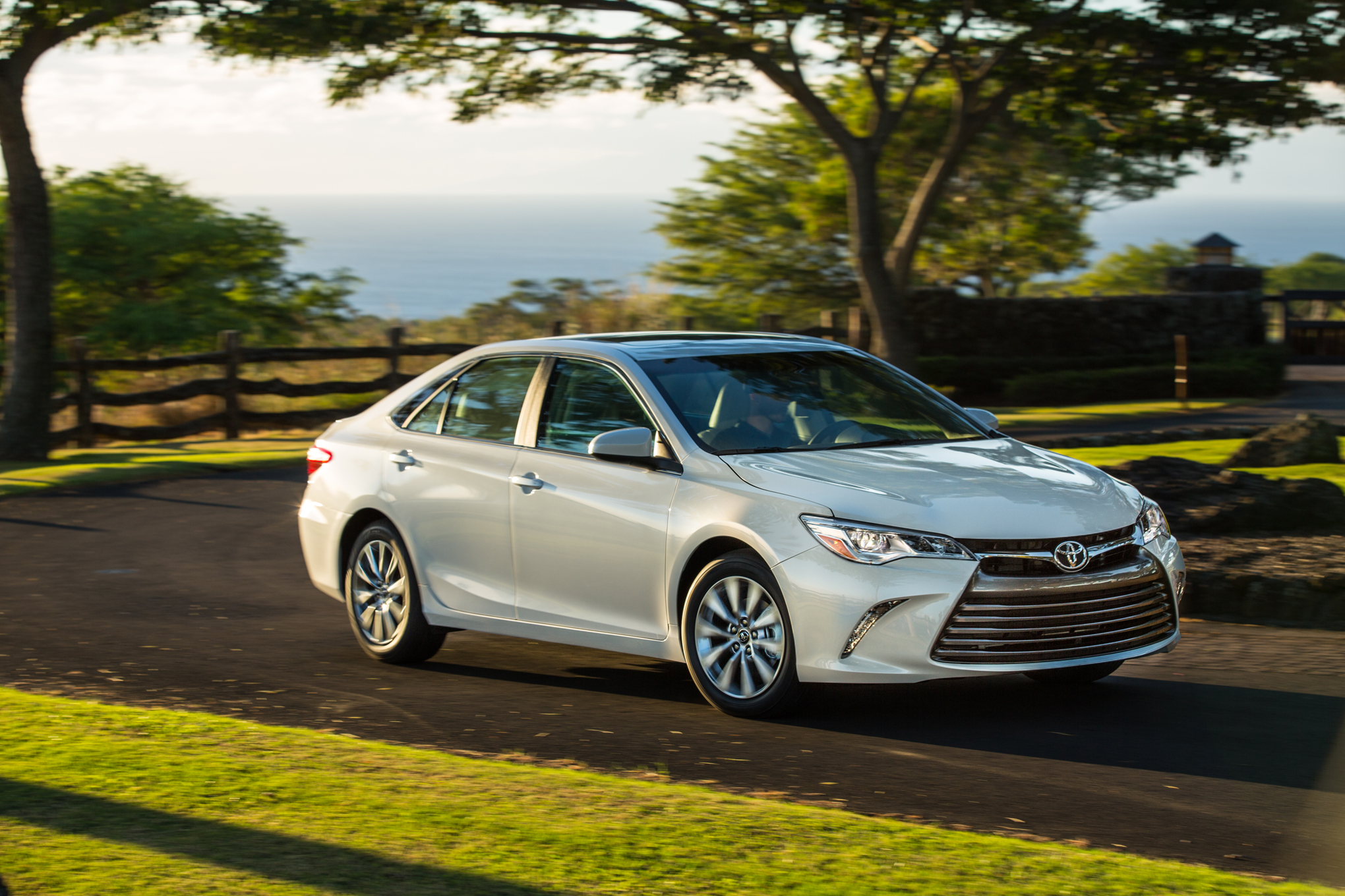 February Midsize Sales Camry Leads Accord Falls to Fourth Place