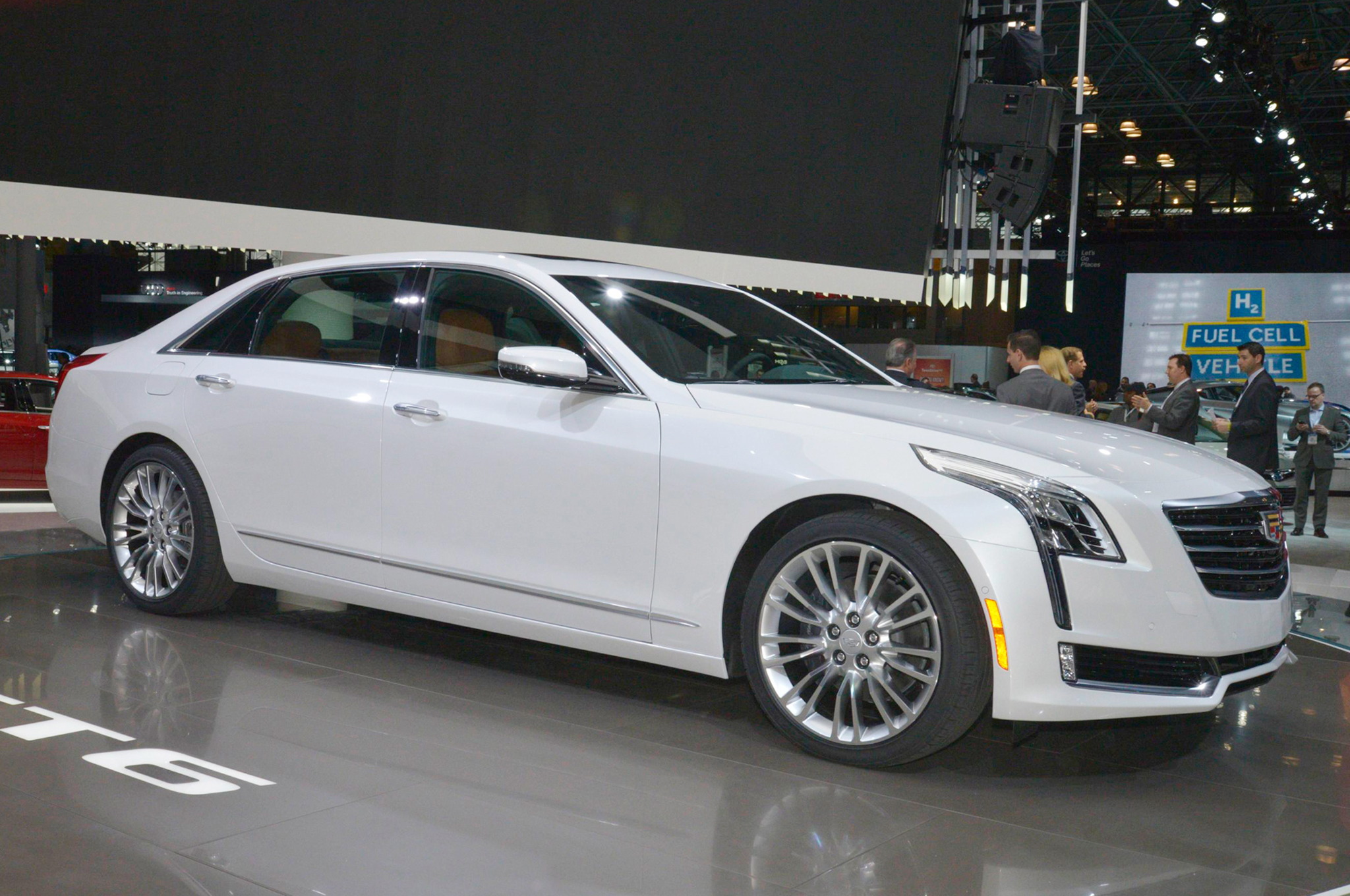 2016 cadillac ct6 first look motor trend rh motortrend com