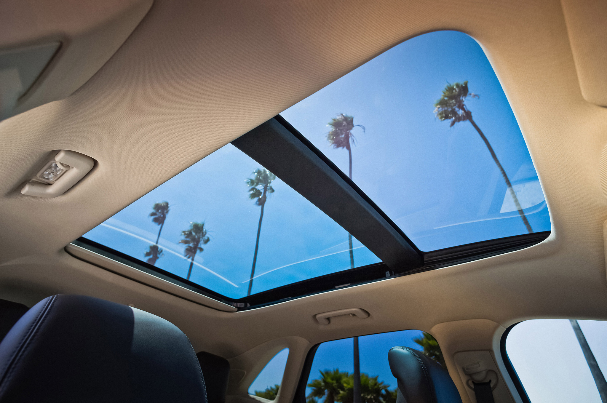 Panoramic Roof Cars >> Vehicles Offering Panoramic Sunroofs For Less Than 50 000