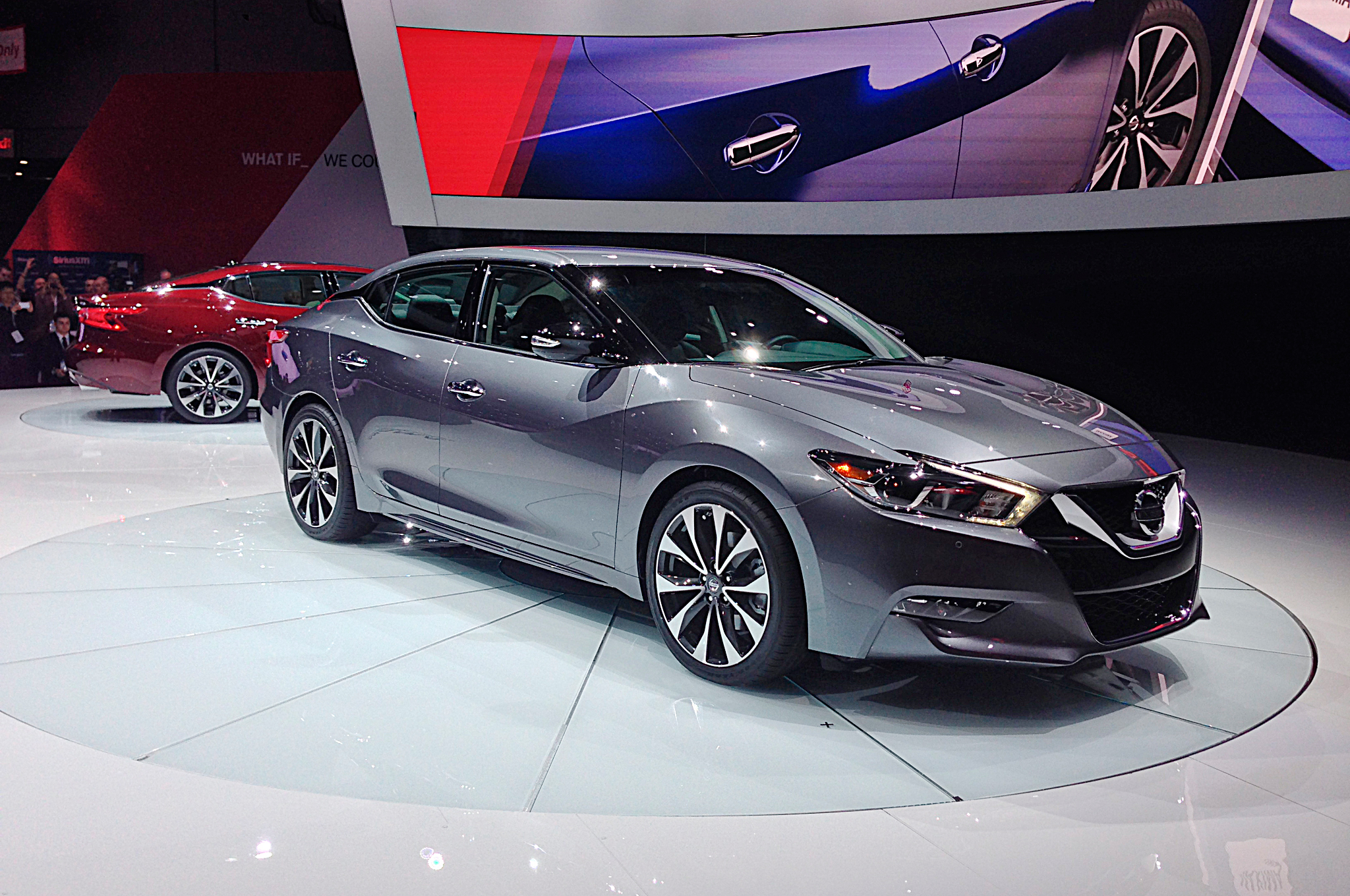 2016 nissan maxima first look - motortrend