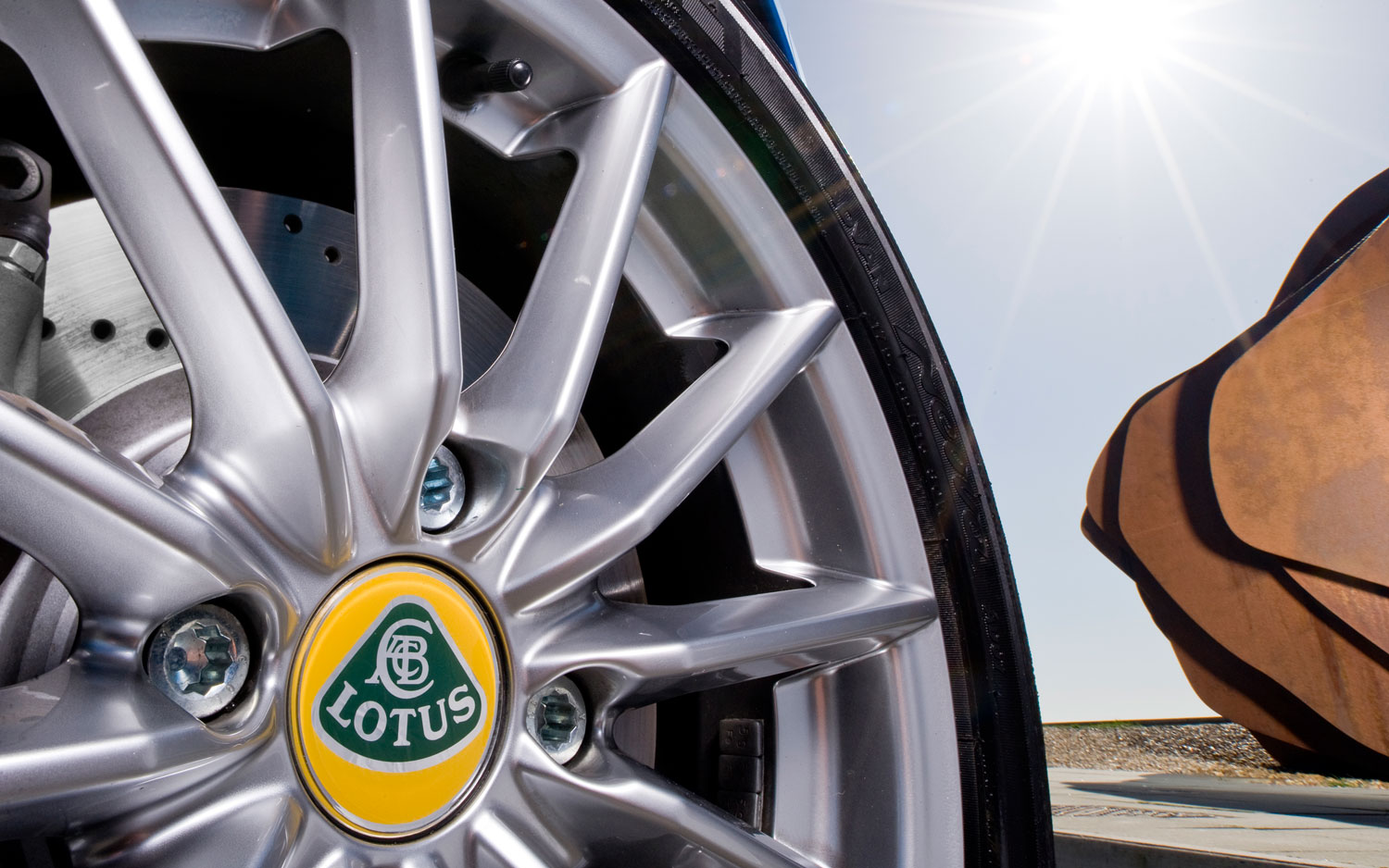 Report: Lotus Crossover Scheduled for 2019, Will Be Built in China