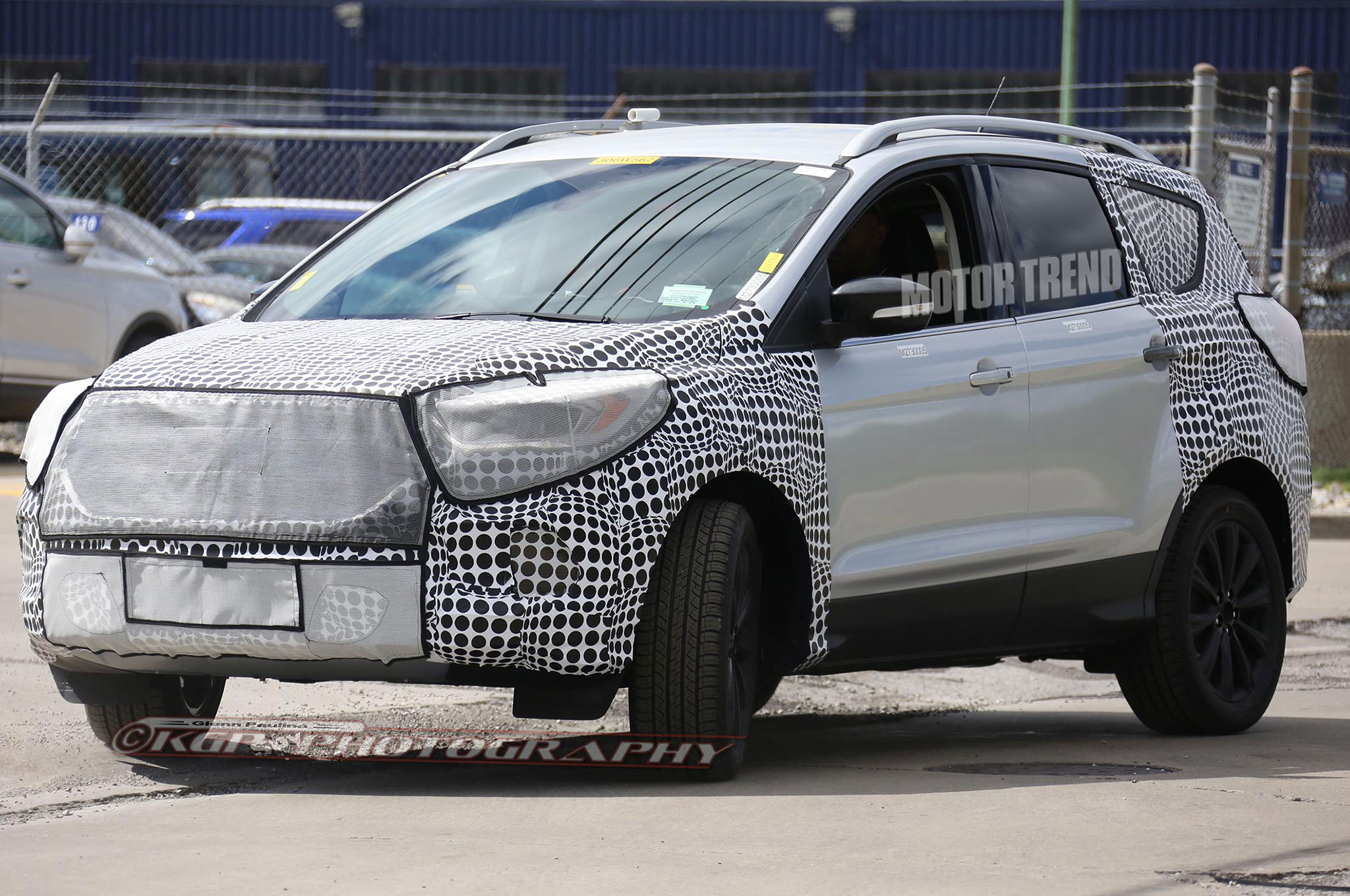Spied: Refreshed 2016 Ford Escape Should Get Edge-Inspired Tweaks