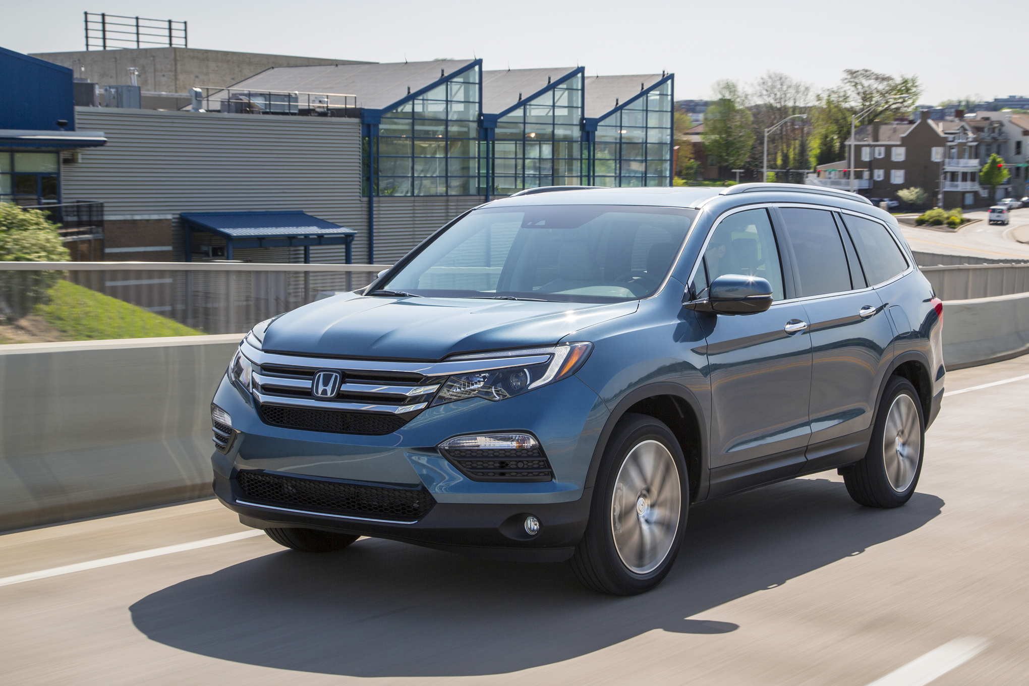 Priced: Redesigned 2016 Honda Pilot Starts At $30,875