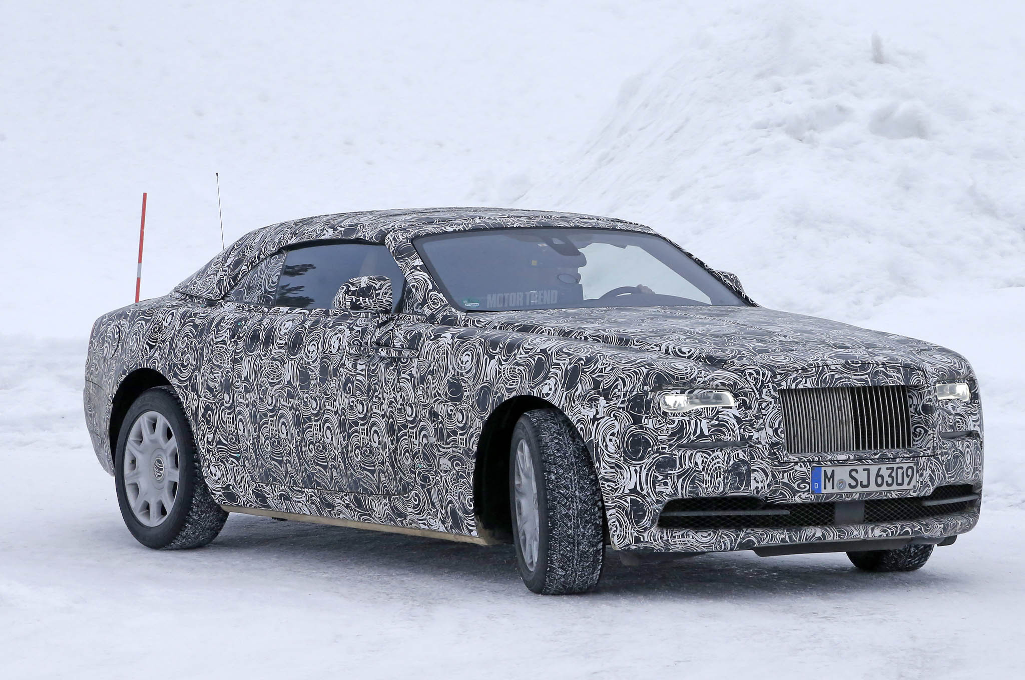 Rolls-Royce Dawn Confirmed as Next Drophead, Lands Early 2016
