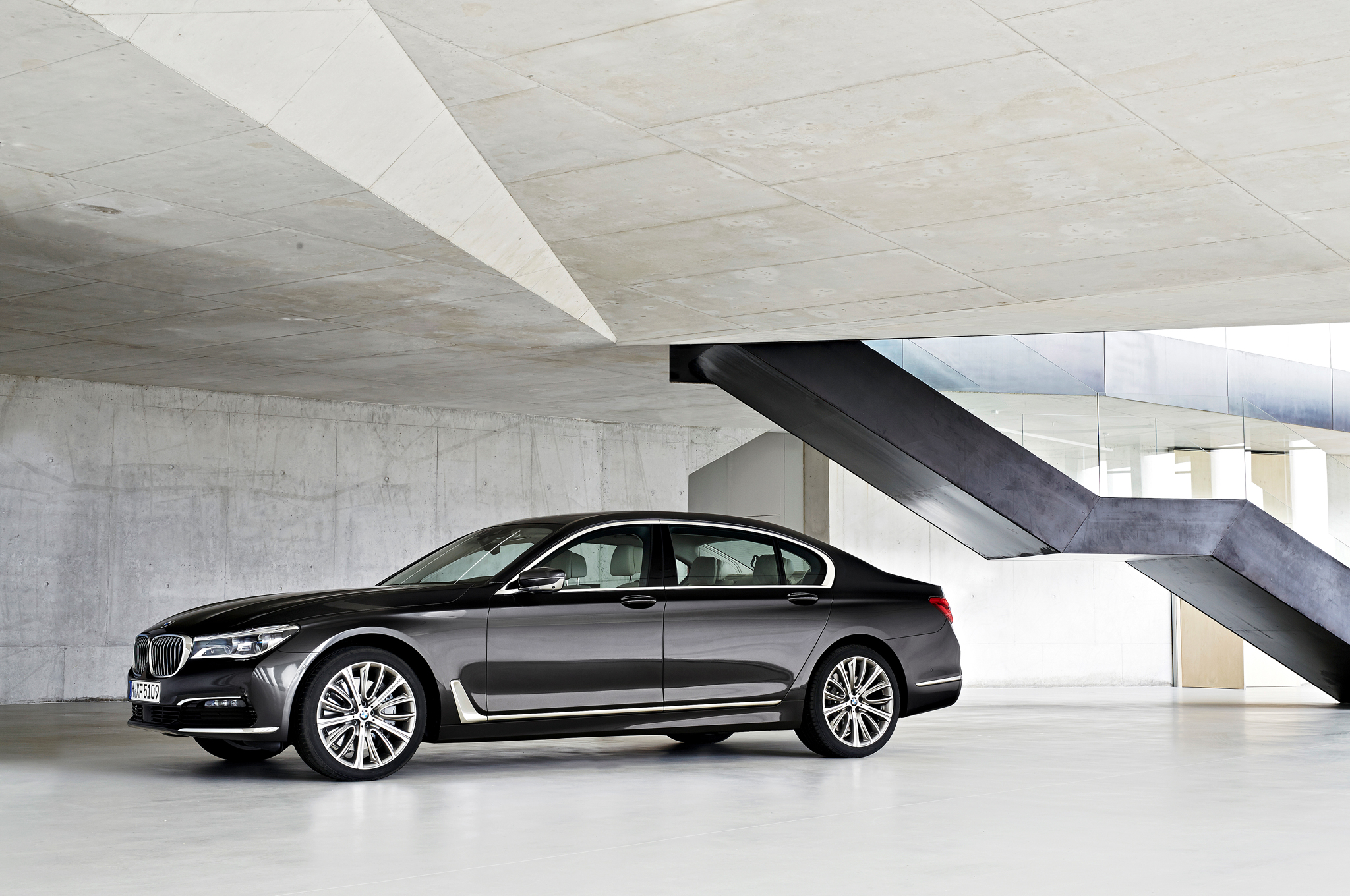 Refreshing or Revolting: 2016 BMW 7 Series
