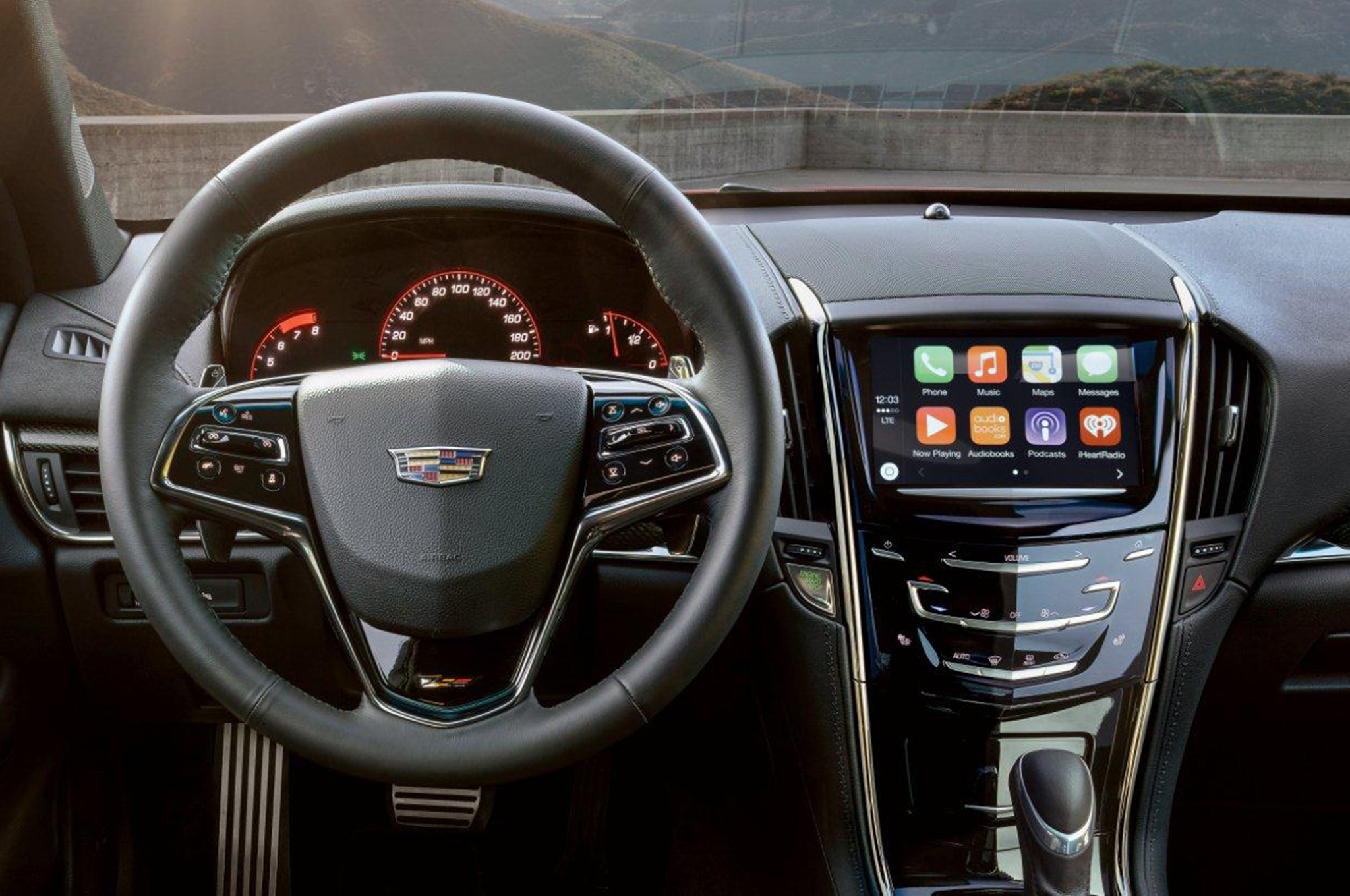 huge selection of a8a71 c0c26 2016 Cadillac Models Get Updated CUE, Apple CarPlay, Android Auto
