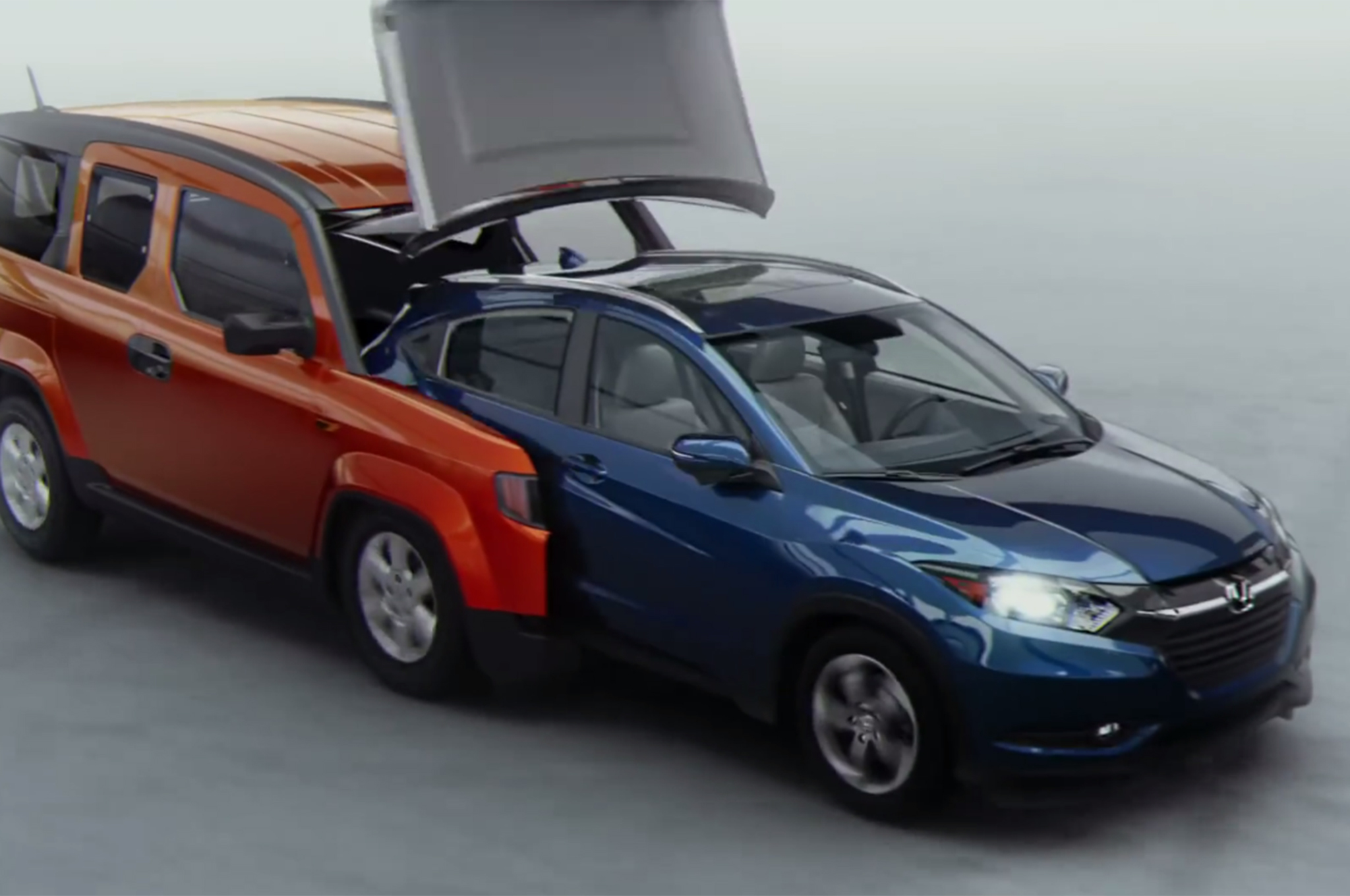 Honda Civic Hrv 2016 >> 2016 Honda Hr V Ad Features 7 Hondas From The Past Motor Trend