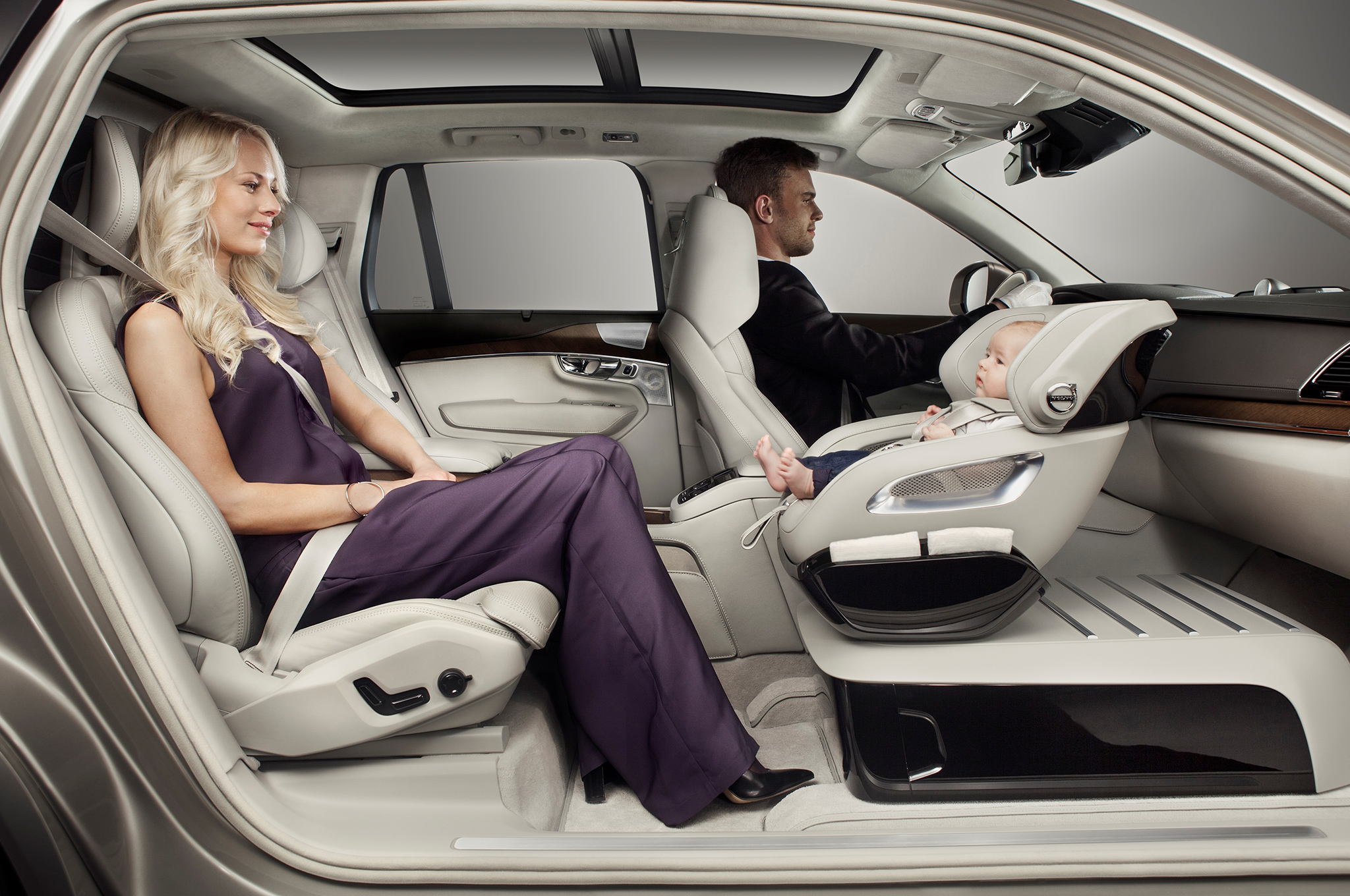 Volvo Debuts Child Seat Concept On 2016 Xc90 Motor Trend