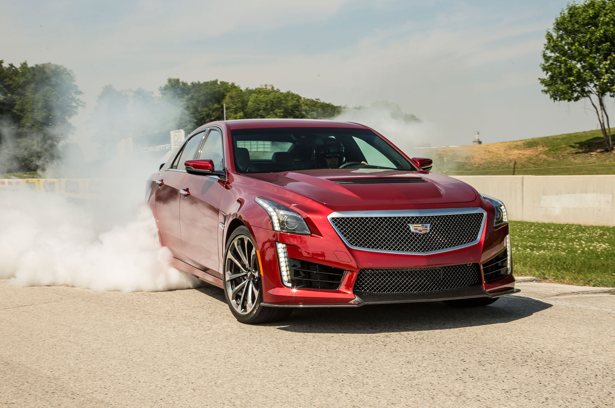 Driving The 2016 Cts V An Intern Takes On Cadillac S Monster
