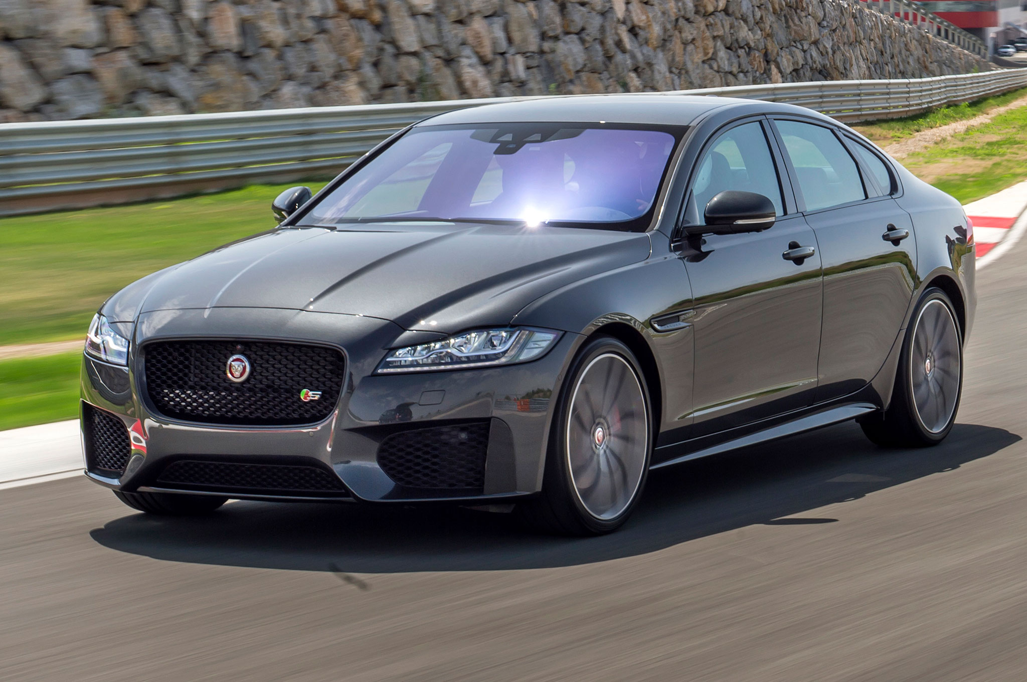 jaguar 39 s joe eberhardt on brand perception quality the xe and the xf. Black Bedroom Furniture Sets. Home Design Ideas