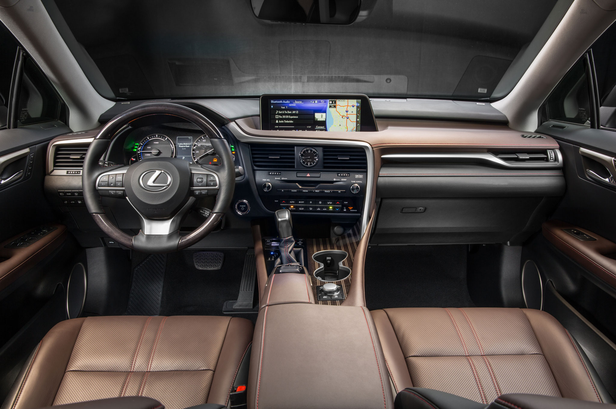 https://enthusiastnetwork.s3.amazonaws.com/uploads/sites/5/2015/09/2016-Lexus-RX-450h-interior.jpg